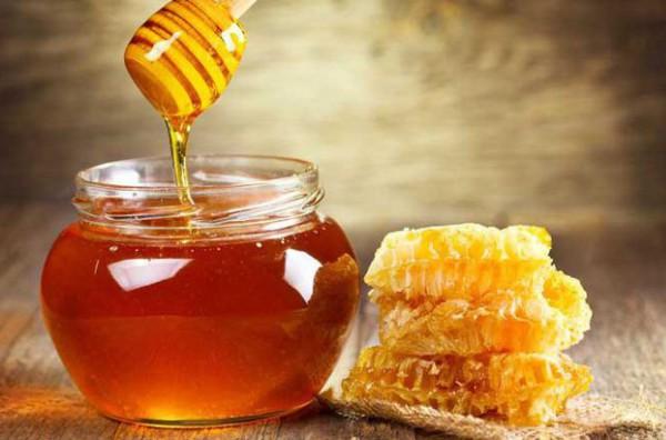 Mật ong là gì? Cách dùng và công dụng kỳ diệu của mật ong
