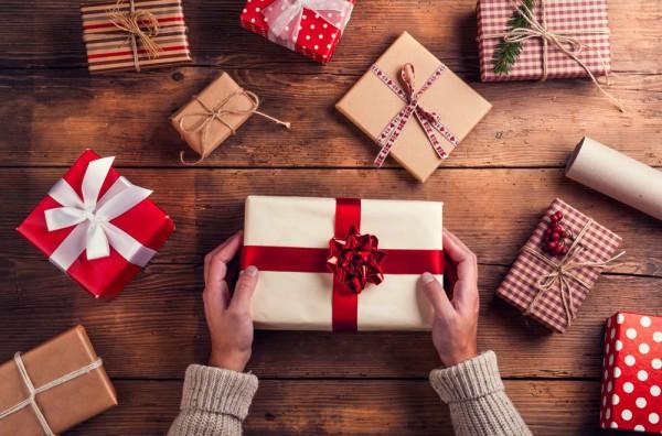 Top 5 món quà tặng cho người nước ngoài ý nghĩa
