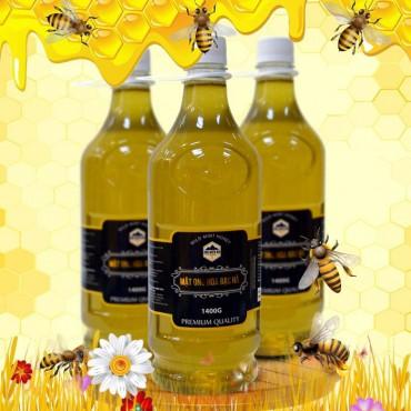 Mật ong hoa rừng bạc hà nguyên chất loại 1400g (Chai nhựa) MO004
